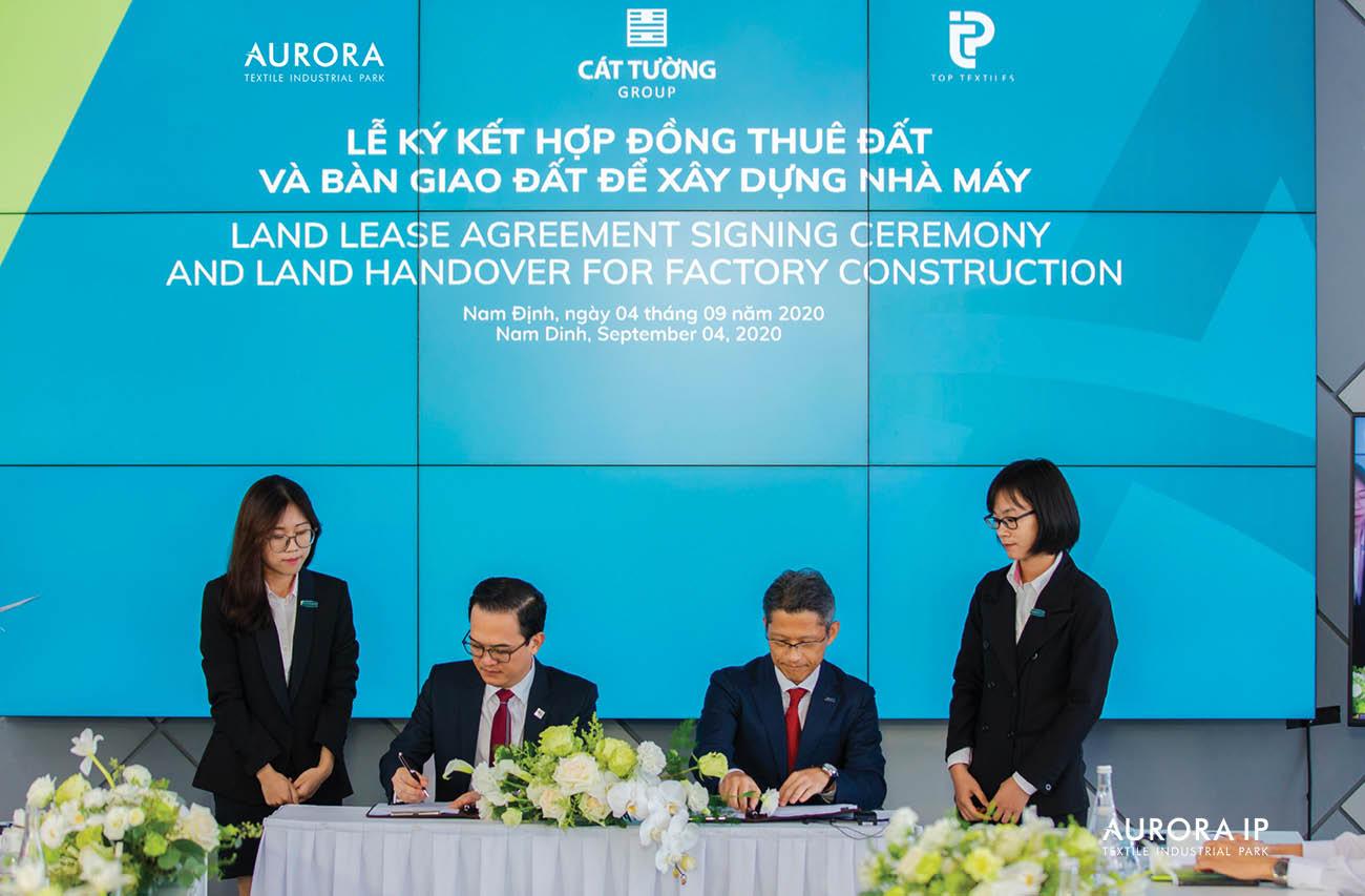 Lễ ký kết hợp đồng thuê đất và bàn giao đất xây dựng nhà máy tại KCN Dệt may Rạng Đông