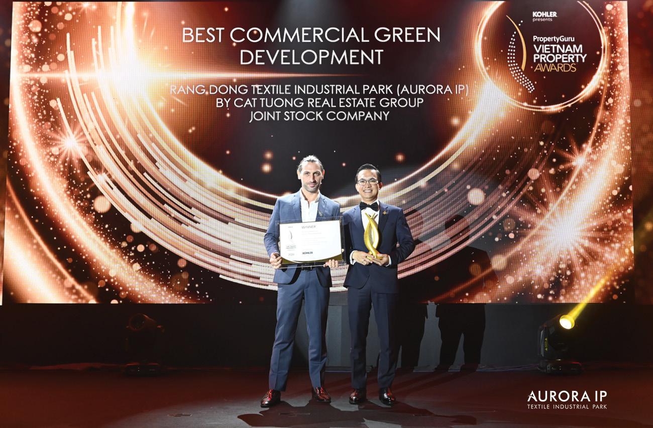 Aurora IP accepts the sixth PropertyGuru Vietnam Property Awards 2020