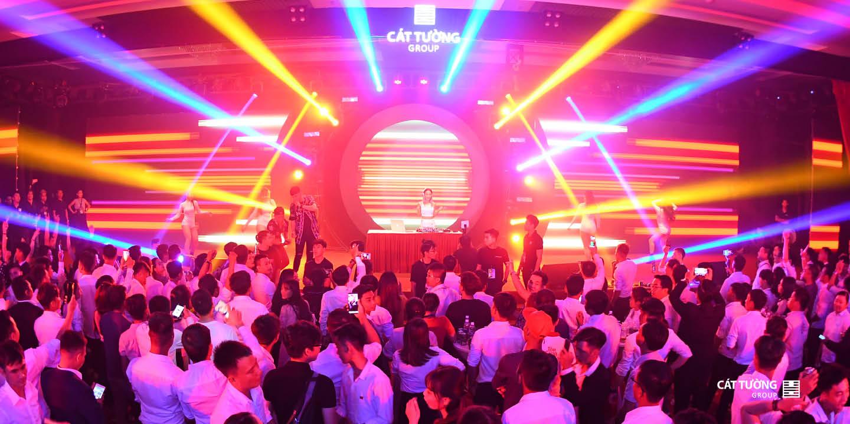 đêm tiệc EDM sôi động của Cát Tường Group