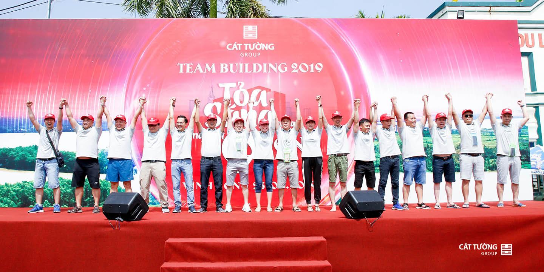 Cát Tường Group Tuyên thệ Team Building 2019