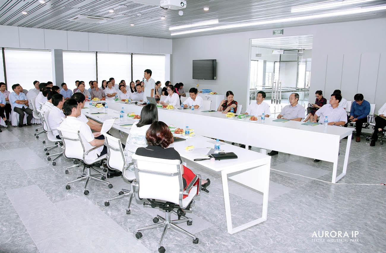 Đại diện Chủ đầu tư tại buổi gặp HĐND Nam Định