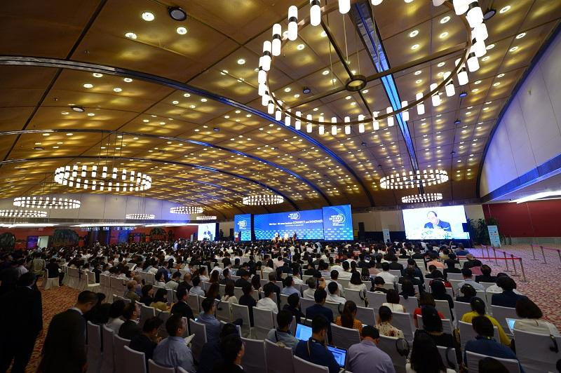 Khai mạc Hội nghị Thượng đỉnh kinh doanh Việt Nam 2020